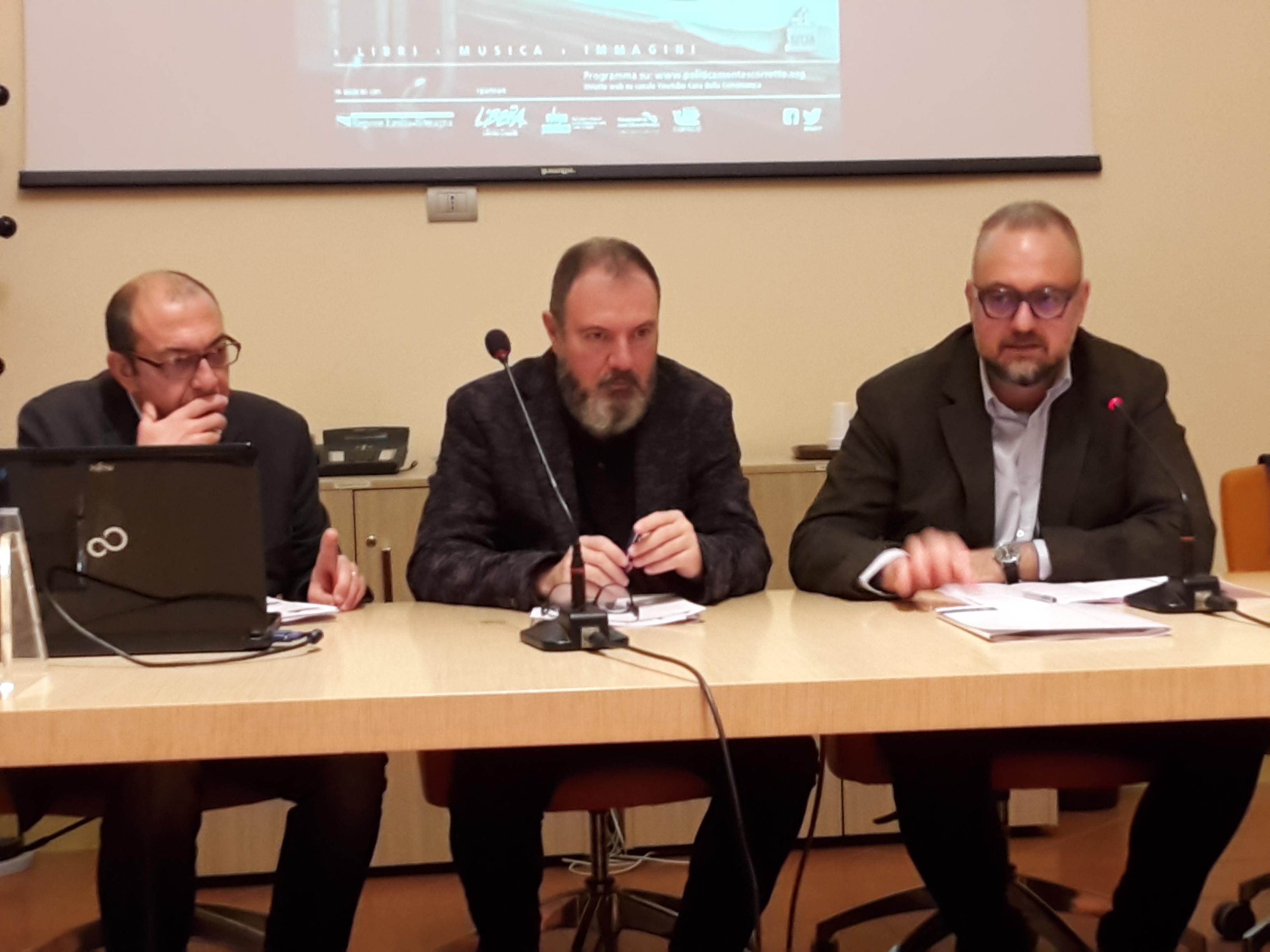 Conferenza di Carlo Lucarelli